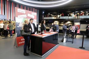 marke|ding| Schweiz: Buchstäblich ein voller Erfolg