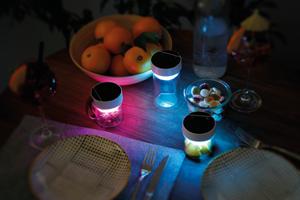 Zogi concept speaker szene 12 - Ans Licht gekommen